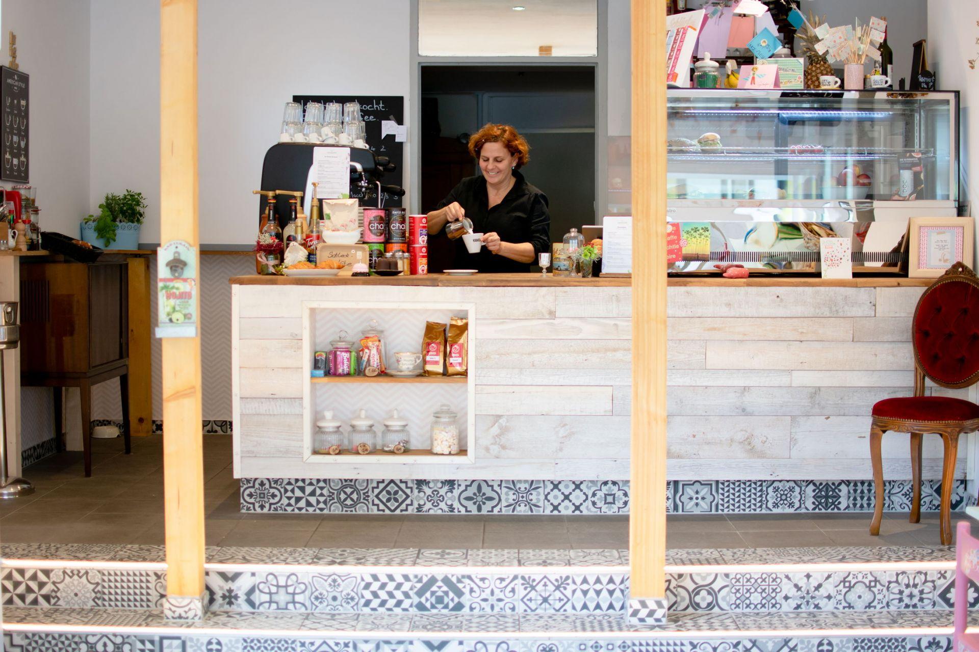 die andere KAFFEEBAR – die Bar